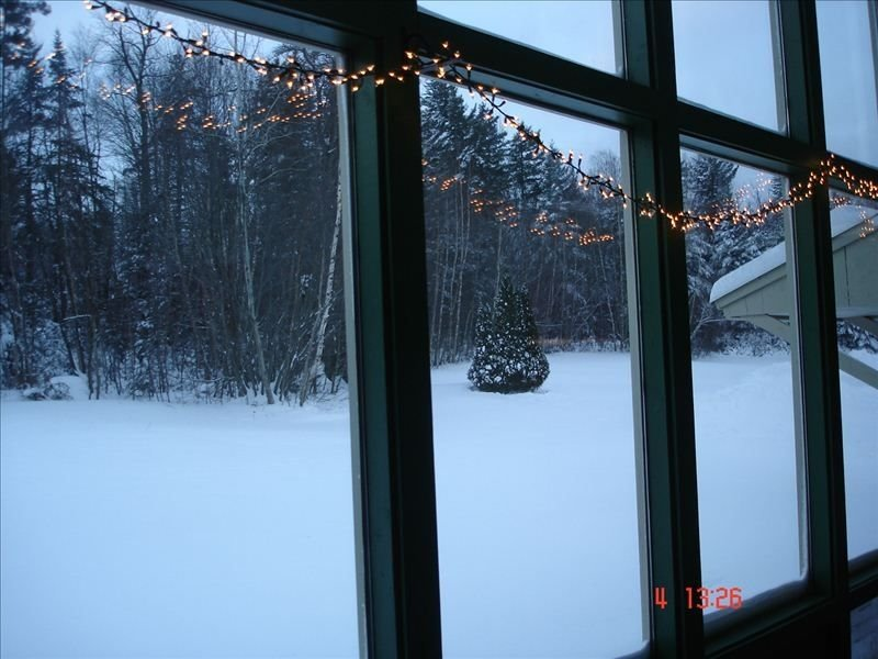 Cozy Vermont Mountain Getaway! Fireplace and Hot Tub, holiday rental in Williamsville