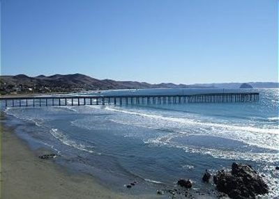 SPECIAL MIDWEEK RATES on Breathtaking, and Completely Remodeled Beachfront Condo, alquiler de vacaciones en Cayucos