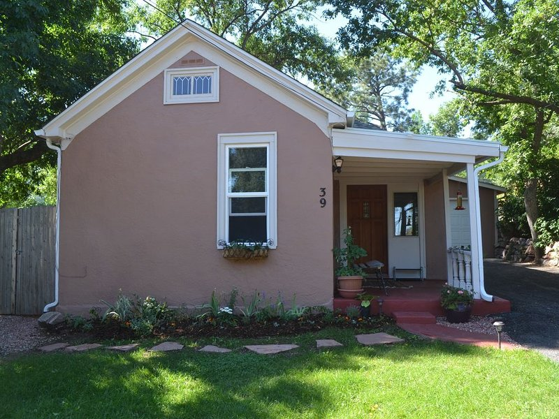 Private remodeled home in south-central Colorado Springs, holiday rental in Widefield