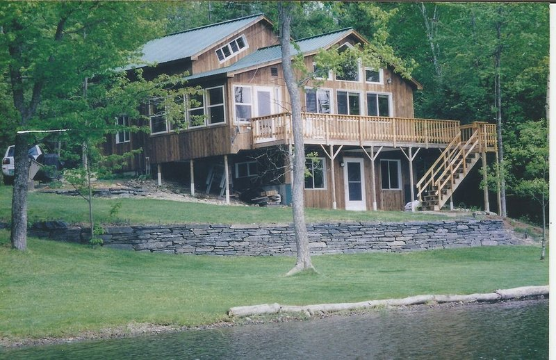 Family Friendly Lake Front Cottage on Lake Eden, VT, holiday rental in Lowell