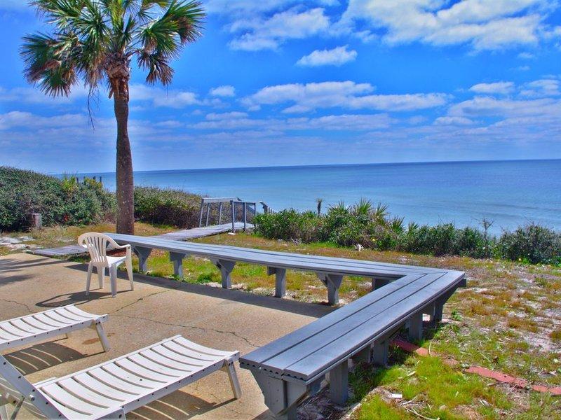 Gulf Front... Casa De Sounion... Private Beach Paradise pet friendly           ', vacation rental in Alys Beach