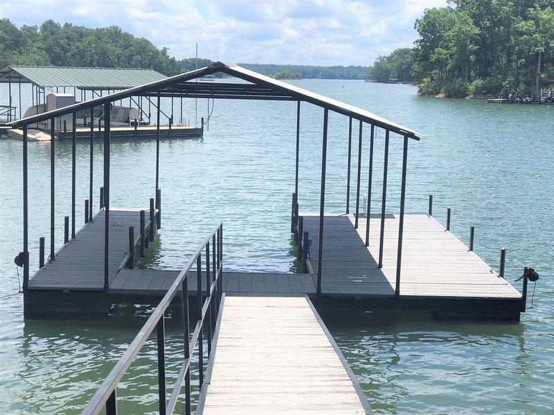 Lake Hartwell  Waterfront Retreat w/kayaks, 15 mins to Clemson, 10 to Greenpond, alquiler de vacaciones en Anderson