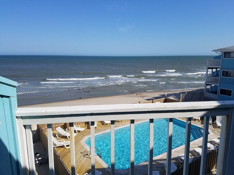 Kure Beach Condo by the Historic Ft. Fisher!, vacation rental in Kure Beach