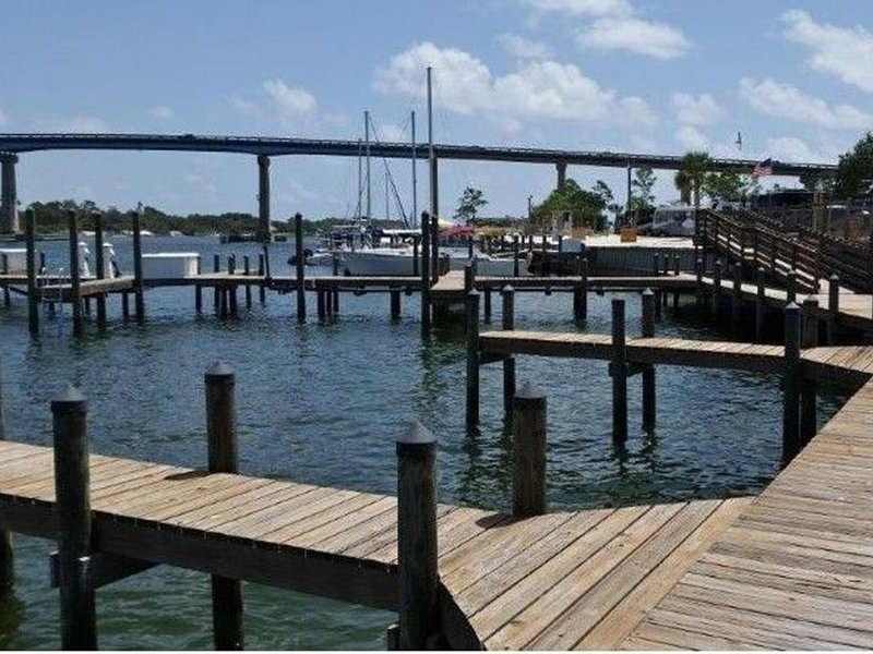 50' Available boat slip at $25 per day