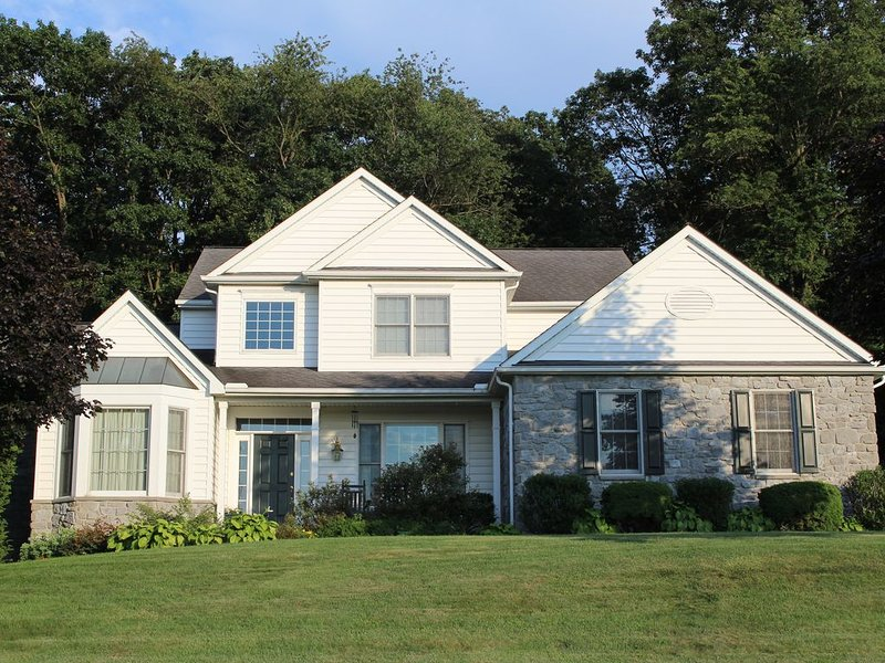 In the heart of Amish Paradise with GREAT view of Lancaster County!, holiday rental in Atglen