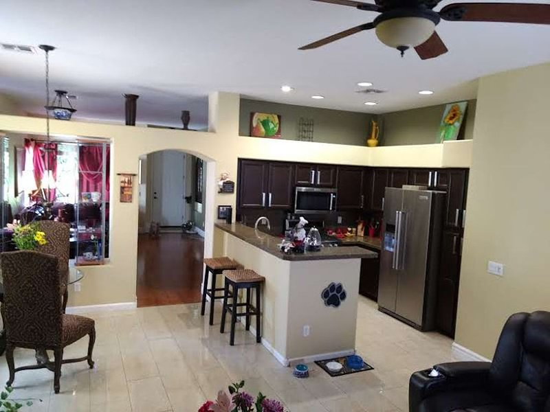 Amazing, updated home -golf community, private Pool, alquiler vacacional en Chandler