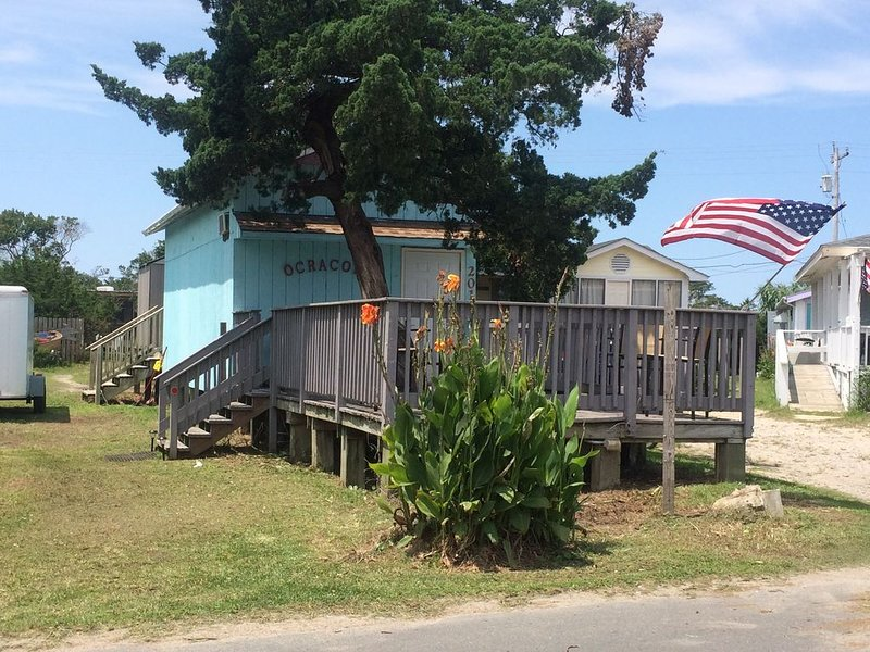 Cozy Island Cottage, centrally located in the Heart of the Village, aluguéis de temporada em Ocracoke