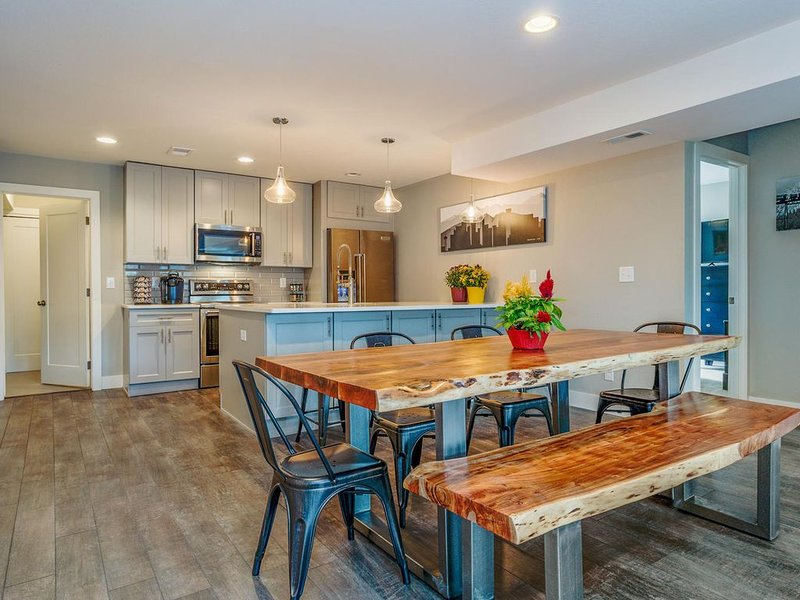 Remarkable Remodel at Stuarts Place, holiday rental in Denver