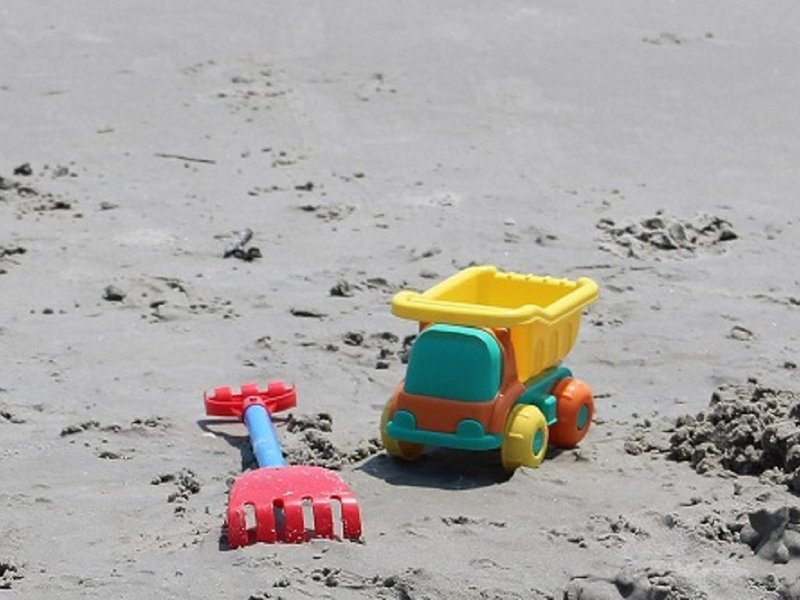 Bring your beach toys!