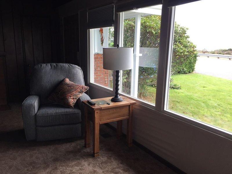 Living room rocker,recliner, swivel chairs