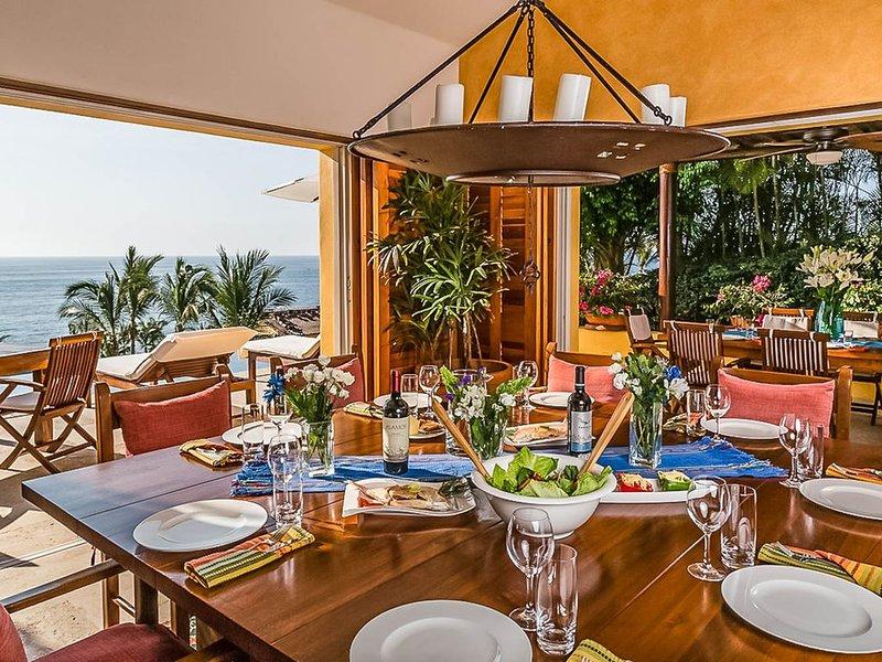 Villa Avanti at Four Seasons Punta Mita –5BDR– Ocean view, beach, tennis & golf, alquiler vacacional en Punta de Mita