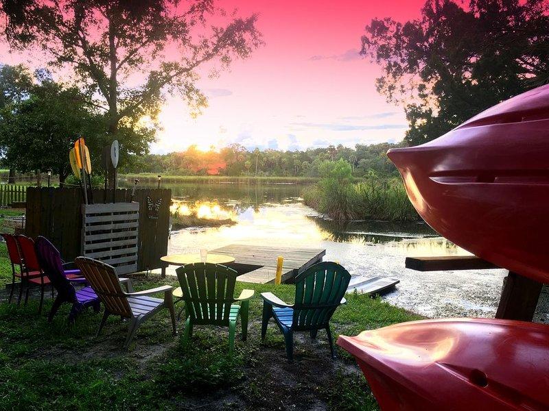 WATERFRONT • Kayaks included • MANATEE • Homosassa - Crystal River, alquiler vacacional en Homosassa Springs