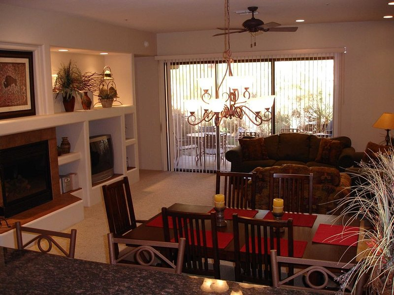 Scottsdale Troon North Townhome Rental – Your Home Away from Home!, Ferienwohnung in Carefree