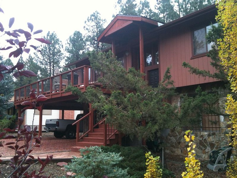 Quadmanor is Located in the Coconino National Forest Flagstaff Area, holiday rental in Munds Park