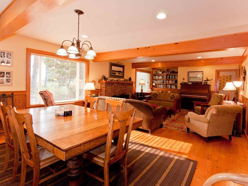 Large lovely home near ocean in Ocean Park, Washington, location de vacances à Ocean Park