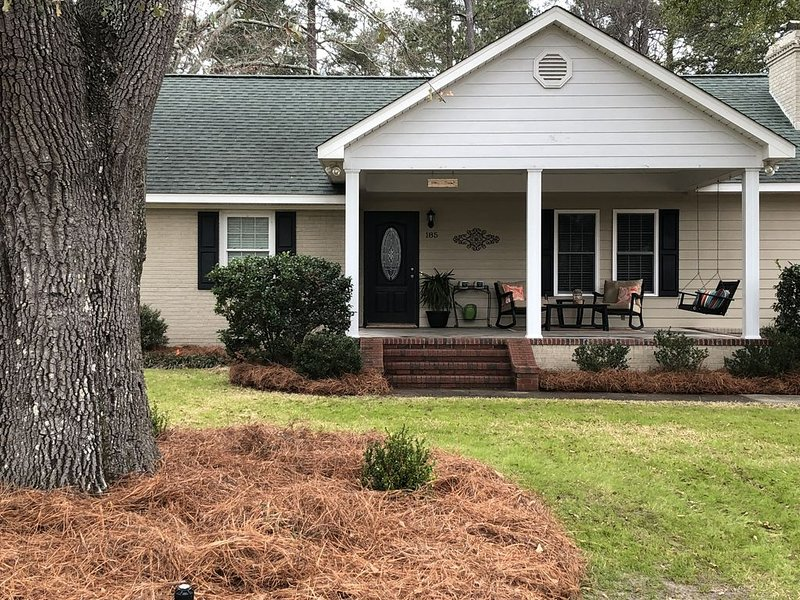 Aiken's Cottage on Dogwood - the Perfect Choice!, vacation rental in Graniteville