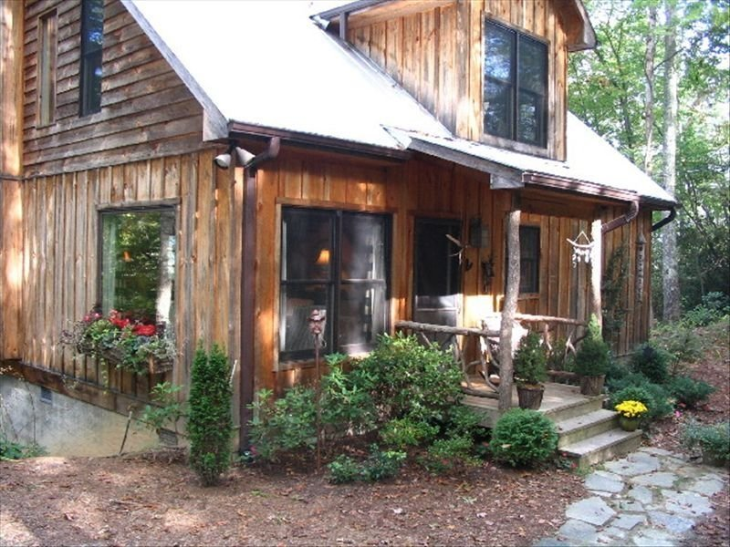 Rustic and Sophisticated Accommodation, holiday rental in Brevard