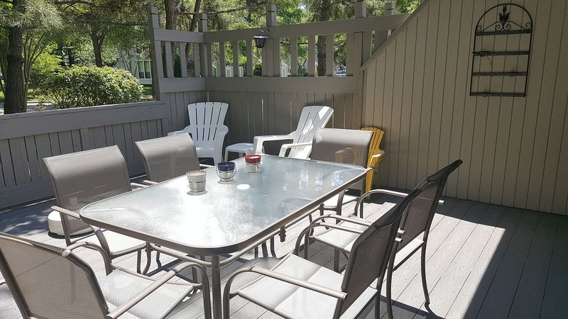 Sea Colony West - 2BR, 2BA - Cozy Coastal Cottage by Tennis Center and Beach, holiday rental in Bethany Beach