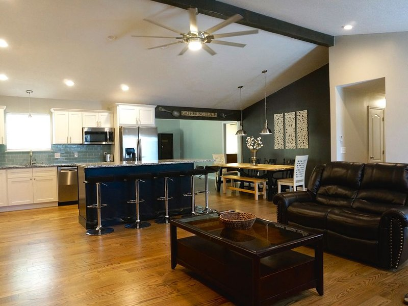 Gorgeous, New Renovation!  Close access to great, outdoor activities, holiday rental in Ooltewah