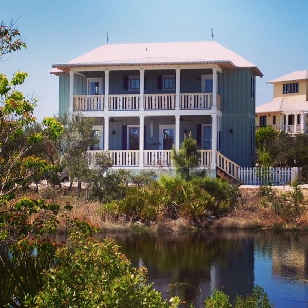 NEW Romantic Dragonfly Cottage with Deeded Beach Access! Water View!, vacation rental in Orange Beach