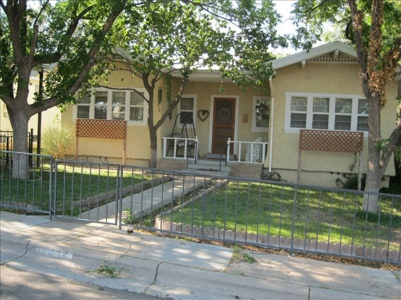 The Guest House - Charming, Comfortable, Restful and Quiet., vacation rental in Silver City