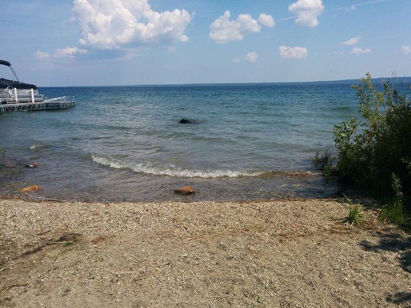 So sieht der Zugang zum Wasser perfekt für Kanus oder Kajaks aus.