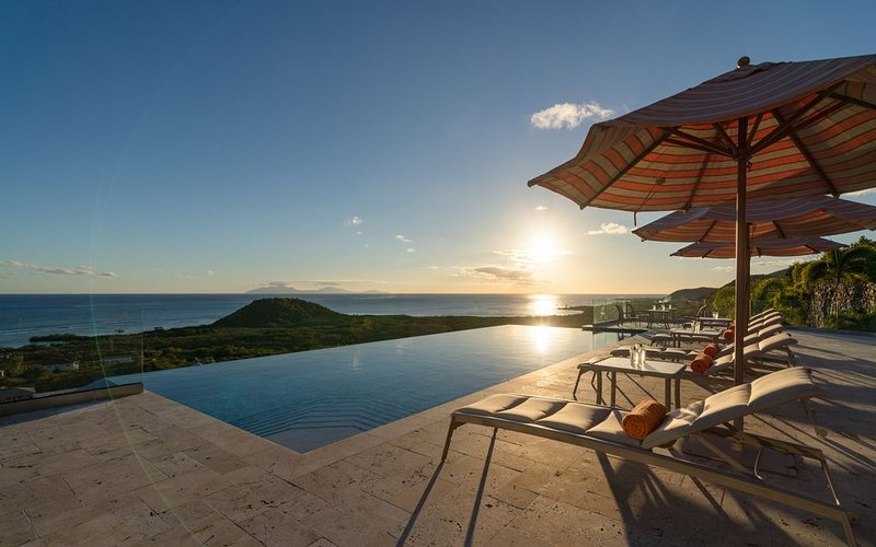 5 Bedroom Villa - Panoramic View - Infinity Edge Pool - Antigua, holiday rental in Crab Hill