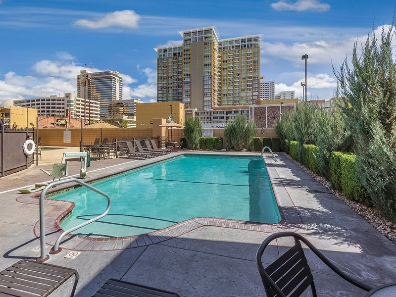 Welcome to fun in every direction !, holiday rental in Reno