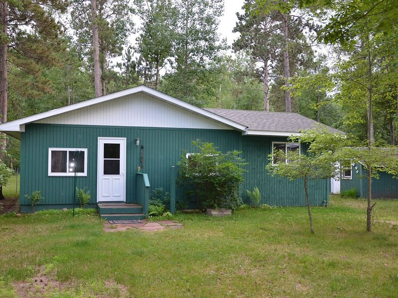 WoodView Cabin. 4 Season cabin with all you need to relax and enjoy northern MN., alquiler vacacional en Park Rapids