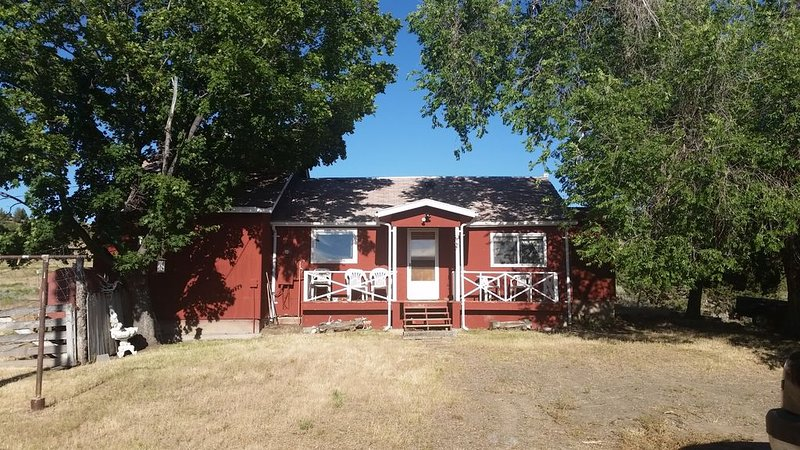 Central Oregon Ranch Getaway on 430 acres, location de vacances à Mitchell