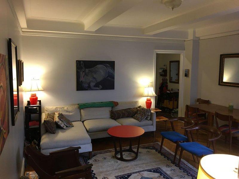 Sunny Upper West Side Manhattan Getaway - Great Family Vacation, location de vacances à Guttenberg