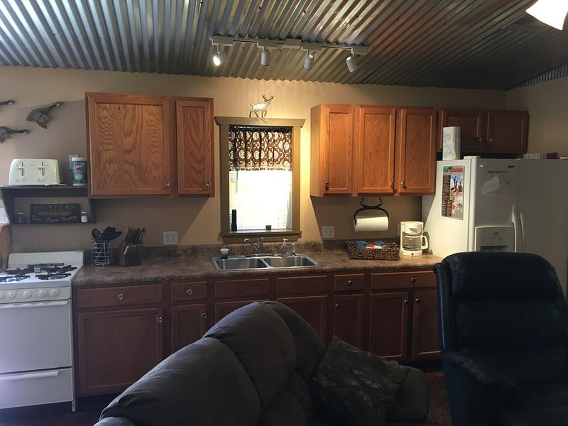 Cozy Little Man Cave, holiday rental in Ponca City