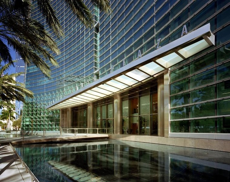 Miami luxury rental at Conrad Hilton Tower on Brickell, alquiler de vacaciones en Miami