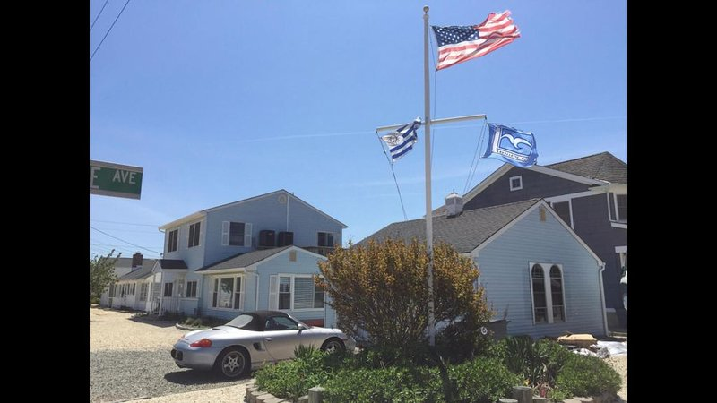 Very Nice Single Family house with 5 bedrooms and 2 bathrooms in Lavallette NJ, holiday rental in Lavallette