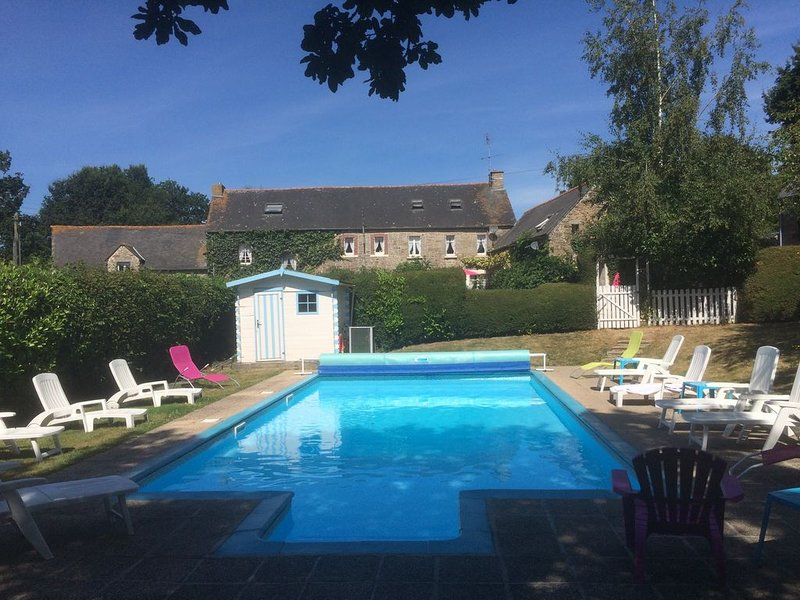 10mtrs x 5mtrs Outdoor Heated Swimming Pool