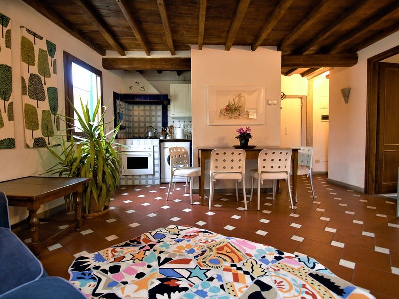 DIANA - In the heart of Florence, holiday rental in San Martino alla Palma