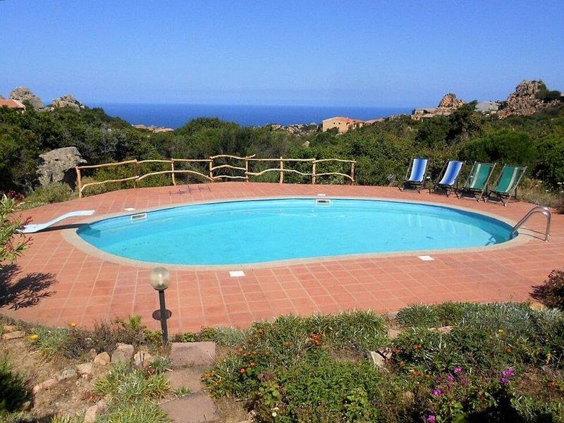Casa di Bianca, sole, mare e Costa Paradiso, vacation rental in Costa Paradiso