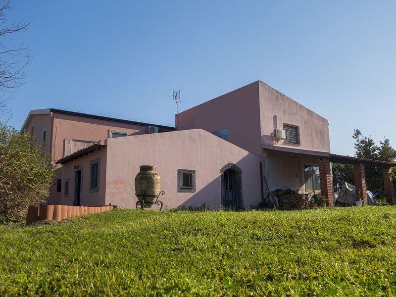 Villa Palici Giardini Naxos Taormina, holiday rental in Trappitello