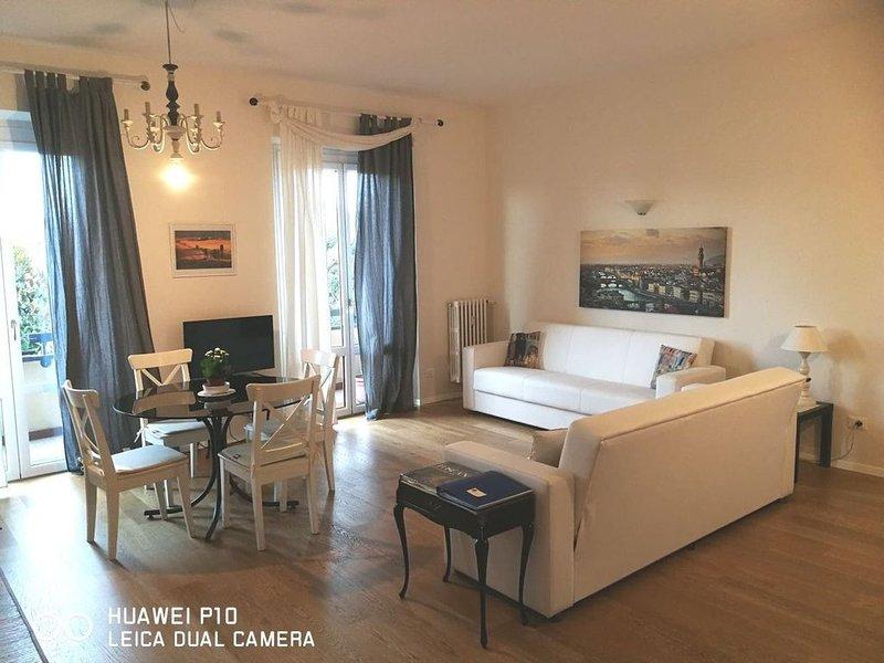 Confortevole appartamento  vicino al centro di Firenze, holiday rental in Ponte a Ema
