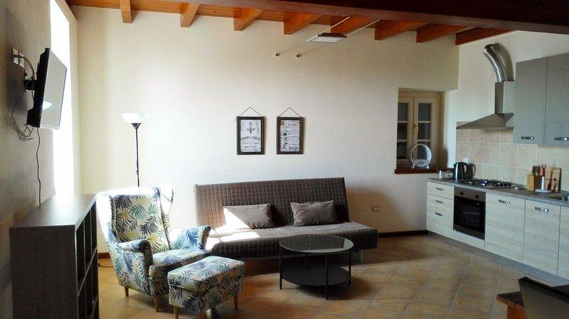 Appartamento in posizione strategica per Lago di Garda con giardino e barbecue, vakantiewoning in Castiglione Delle Stiviere