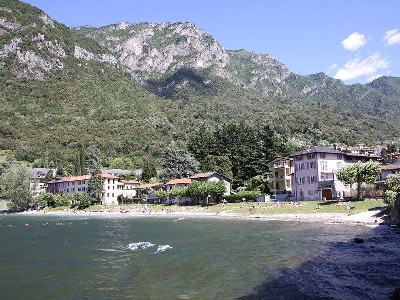 Residenza indipendente sulla spiaggia di Riva Bianca, vacation rental in Lierna