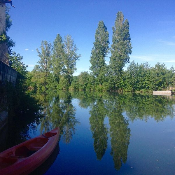 Riverside Chambre d'hotes near Cognac, vacation rental in Jarnac