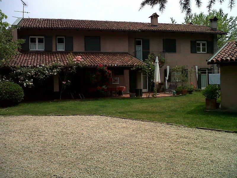 Casa di charme in campagna a 20 km da Torino, vacation rental in Sciolze