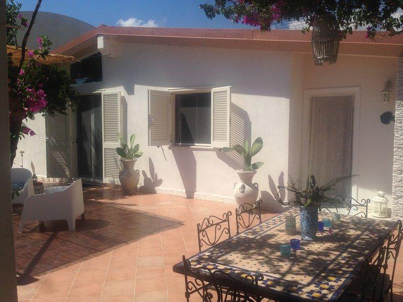 'MARE DENTRO' angolo di tranquillità e bellezza, holiday rental in Castellonorato
