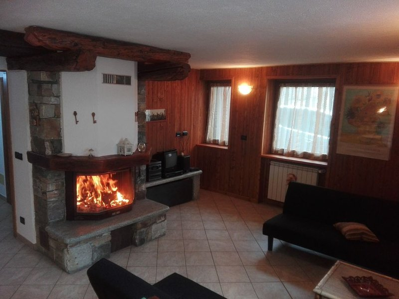 Appartamento vacanze a Rhemes Saint Georges, vacation rental in Aosta