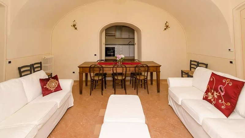 Villa Agnesi between Milan, lake Como and Bergamo, vacation rental in Santa Maria Hoe