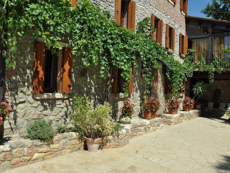 Appartamento B&B  in una casa ottocentesca in pietra originale nei Colli Euganei, vakantiewoning in Vo