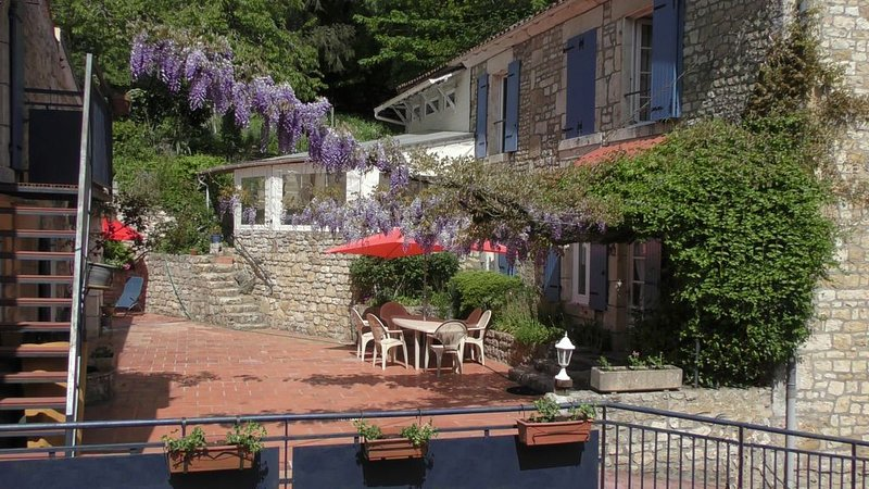 Auberge Gite du Pot Bleu, vacation rental in Maillezais