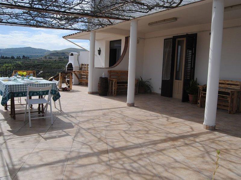CASA VACANZE BARONE SICILIA TRA PALERMO E CEFALU, location de vacances à Trabia