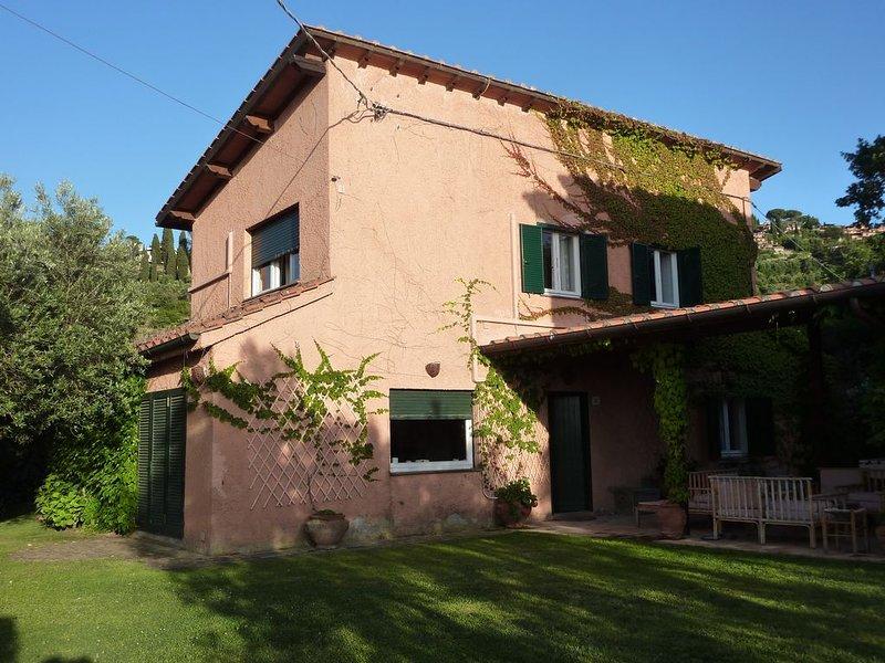 Villa a Monte Argentario tra mare e campagna, holiday rental in Albinia